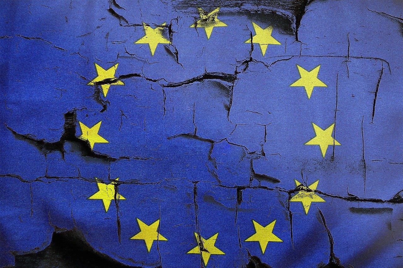 bandera-europa-rota